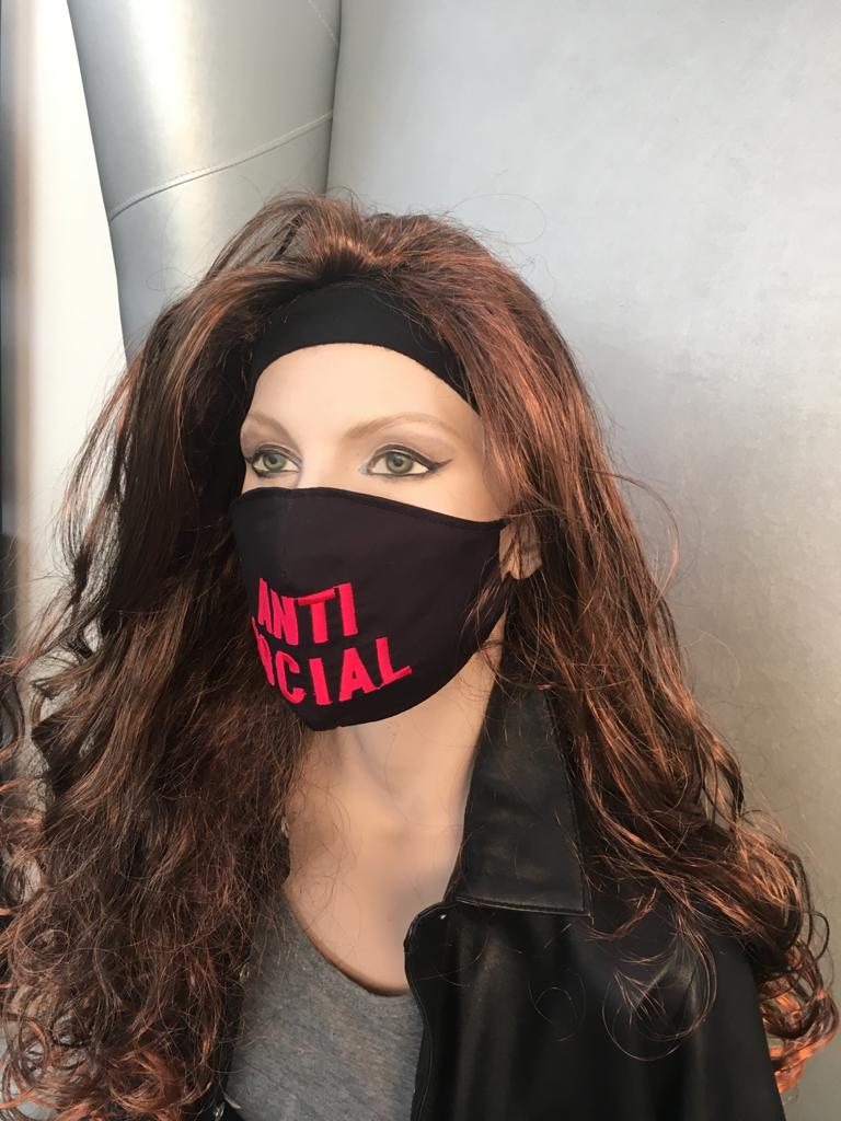 Máscara Bordada